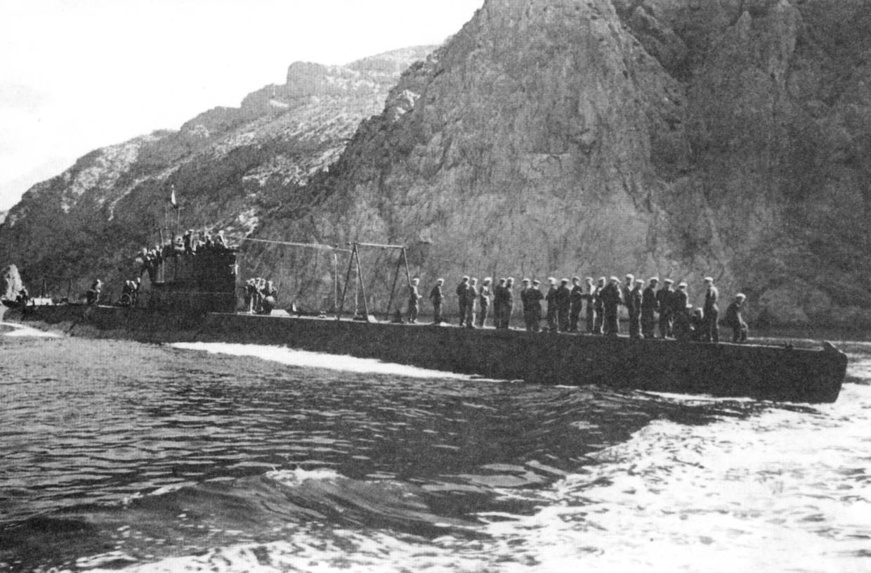 Large D Type Submarine In The Northern Fleet