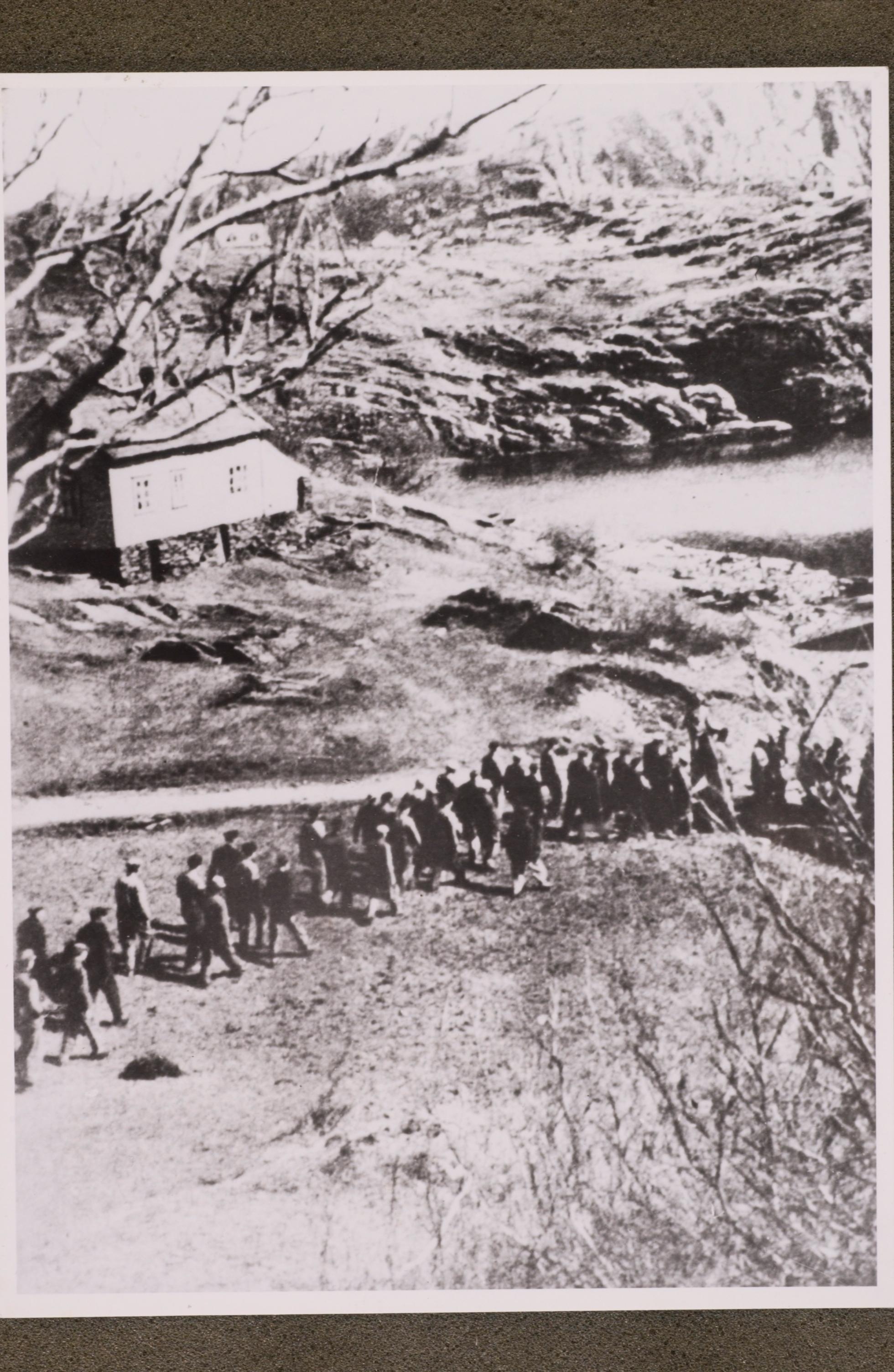 Telavags Mannlige Befolkning Fores Bort  De Ble Sendt Til Konsentrasjonsleiren Sachsenhausen Der 31 Av Dem Dode  Nhm